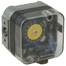 UB500A4 50 -500 mbar Pressure Switch with Reset
